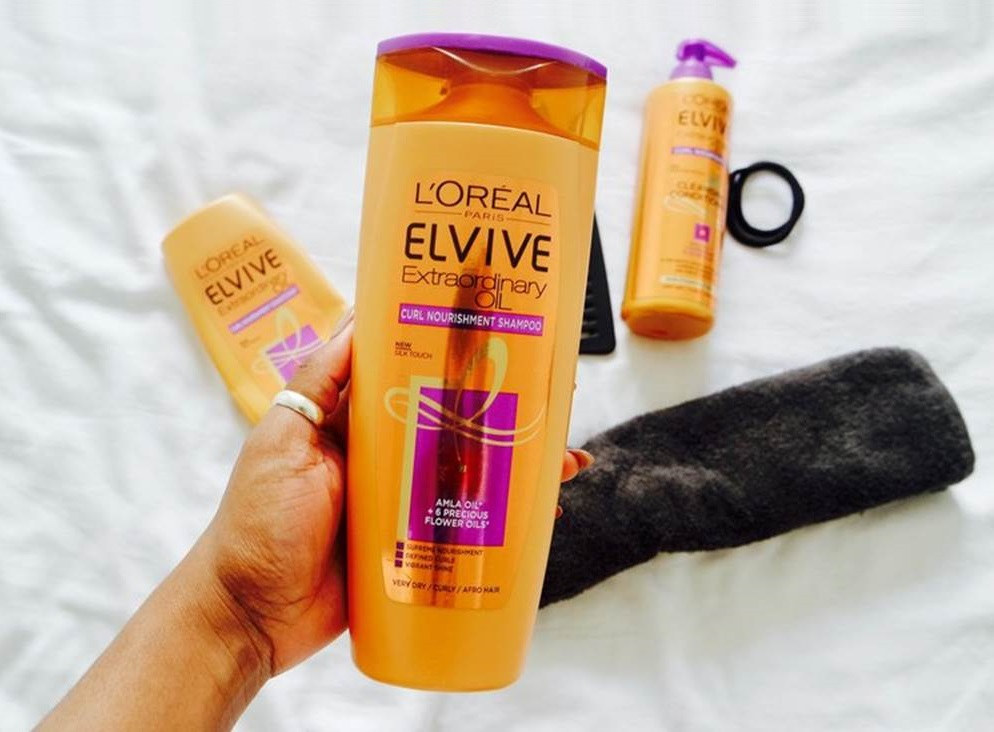dau-goi-loreal-cham-soc-toc-extraordinary-oil-shampoo-02
