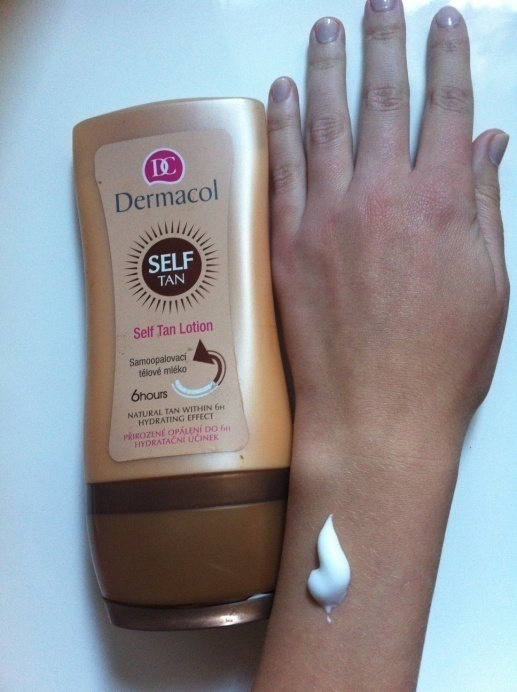 kem chống nắng Dermacol Suncare Self tan lotion