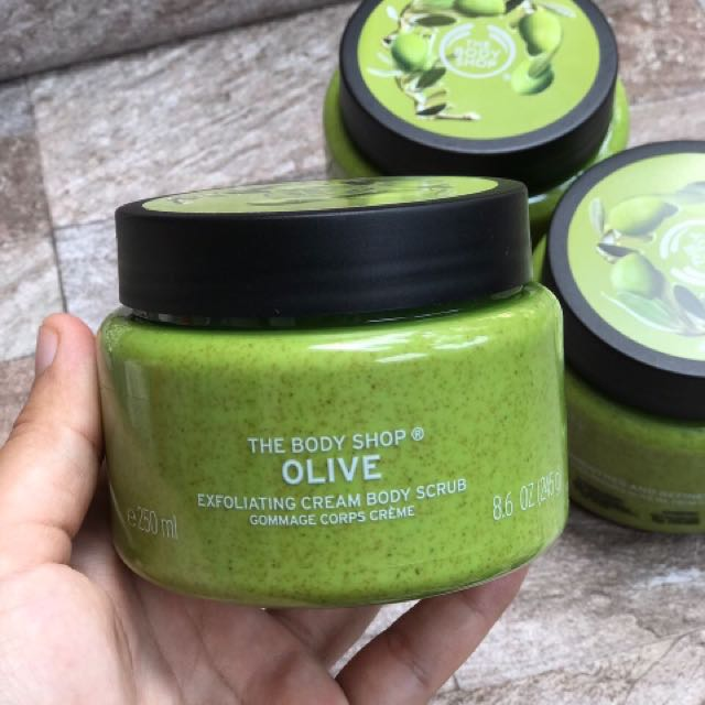 kem-tay-te-bao-chet-thebodyshop-olive-exfoliating-cream-body-scrub-03