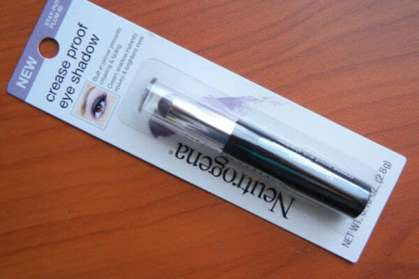 son môi neutrogena make up Crease Proof Eye Shadow
