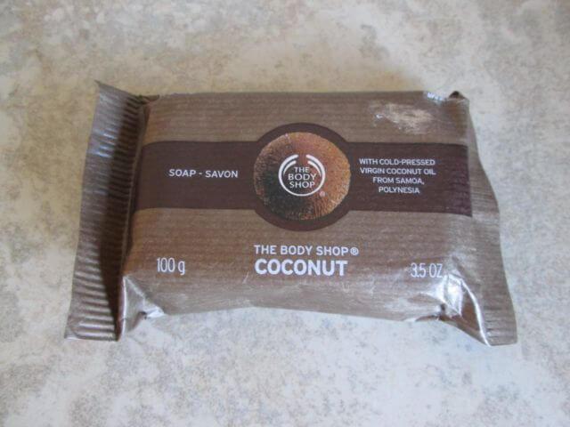 Xà phồng TheBodyShop Chăm sóc body COCONUT SOAP