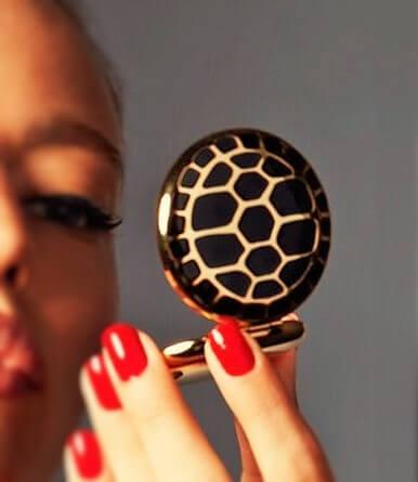 phan-phu-estee-lauder-trang-diem-mat-turtle-endurance-01-2