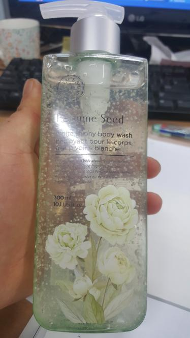 Sữa Dưỡng Thể THEFACESHOP PERFUME SEED WHITE PEONY BODY WASH