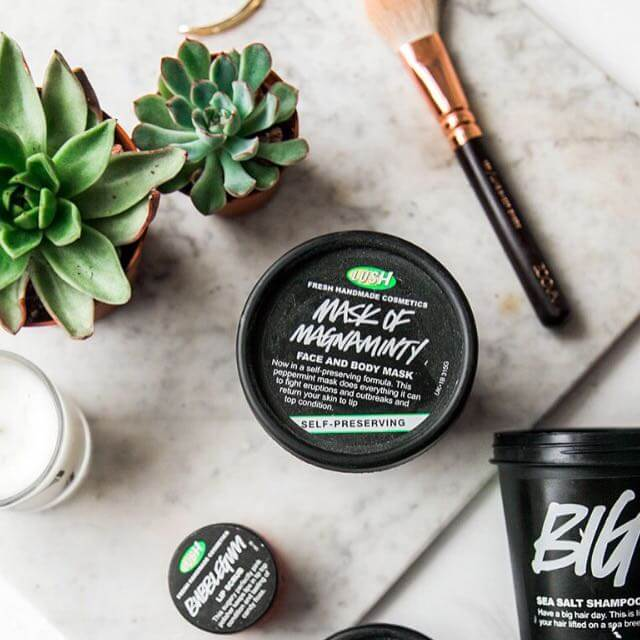 Review-mat-na-dat-set-Lush-Mask-Of-Magnaminty-01-1