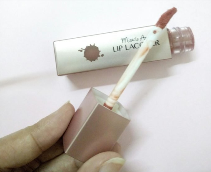 Miracle-Apo-Lip-Lacquer-02