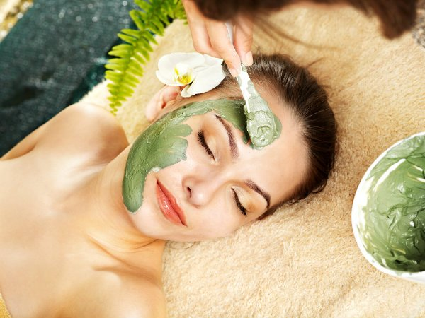 cách chăm sóc da nhờn và lỗ chân lông to