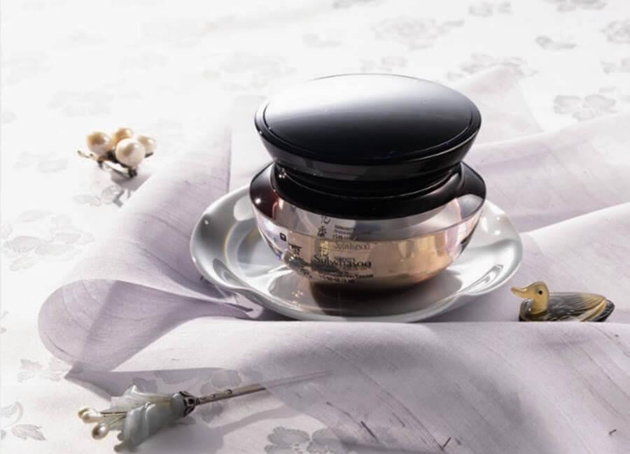 sulwhasoo-harmonizen-regenerating-cream-ex-hoi-xuan-lan-da-10-nam-tuoi-04