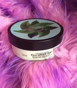 dau-duong-thebodyshop-fuji-green-tea-replenishing-body-butter-200-02