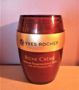 kem-duong-yves-rocher-intense-regenerating-care-03