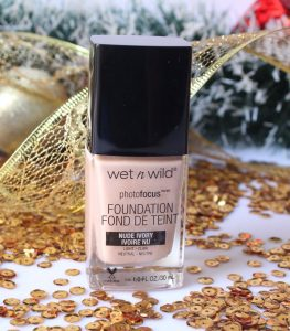 kem-nen-Wet-N-Wild-Photo-Focus-Foundation-03