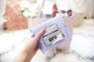 khan-tay-trang-neutrogena-make-up-makeup-remover-cleansing-towelettes-night-calming-02