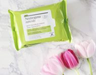 khan-tay-trang-neutrogena-make-up-neutrogena-naturals-purifying-makeup-remover-cleansing-towelettes-05