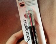 son-moi-neutrogena-make-up-crease-proof-eye-shadow-08