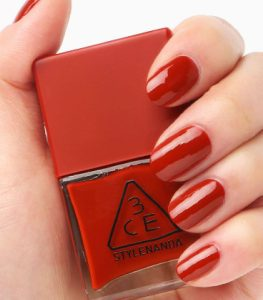 son-mong-3ce-makeup-ed-recipe-long-lasting-nail-lacquer-02
