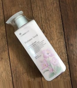 sua-duong-the-thefaceshop-perfume-seed-rich-body-milk-04