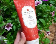 sua-rua-mat-missha-frui-tea-cleansing-foam-pomegranate-tea-002