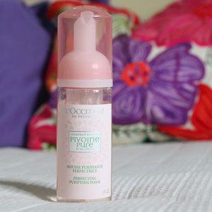Skincare làn da trắng mịn với bọt rửa mặt Loccitane Peony Pure Purifying Foam