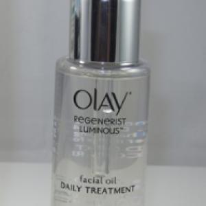 Dầu dưỡng Olay Facial & Eye Treatments REGENERIST LUMINOUS FACIAL OIL – Sự lựa chọn hoàn hảo cho da khô