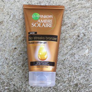 Gel dưỡng da Ganier Tinted Self Tan Gel – chăm sóc da theo công nghệ gel tint cực hot