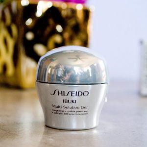 Gel dưỡng đa năng Shiseido Ibuki Multi Solution Gel giải quyết các vấn đề về da.