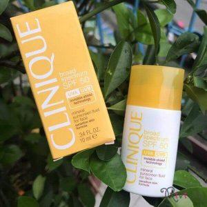 Kem chống nắng Clinique Mineral Sunscreen Fluid, vật bất li thân.
