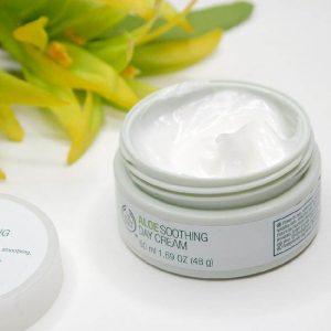 Dưỡng chất tuyệt vời từ thiên nhiên The Body Shop Aloe Soothing Day Cream