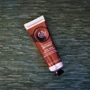 Kem tay The Body Shop bổ sung ẩm Coconut Hand Cream, bàn tay không tì vết!