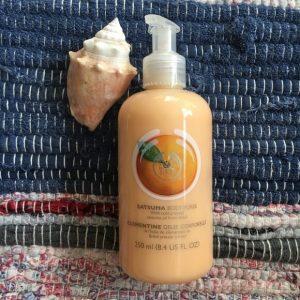 Cảm nhận làn da tươi trẻ cùng kem dưỡng thể The Body Shop Satsuma Body Puree