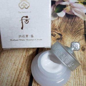 Kem dưỡng WHOO Radiant White Moisture Cream – Giúp da khỏe đẹp từ bên trong