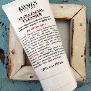 Kem rửa mặt Kiehl's Ultra Facial Cleanser: làm sạch nhẹ nhàng!