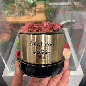 """Kem sâm đen Sulwhasoo Timetreasure Honorstige Cream vì sao được mệnh danh là """"thần dược"""" của da lão hóa"""