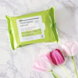 Neutrogena Naturals Purifying Makeup Remover Cleansing Towelettes – cho làn da thoáng sạch nhẹ nhàng