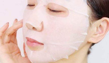Sau khi đắp mặt nạ xong có nên bôi nước hoa hồng không?