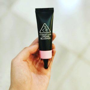 Makeup tone sur tone với sản phẩm mới nhất của 3CE Cream Blusher màu New Pink