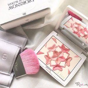 Phấn má hồng Diorsnow Blush 'n' Bloom Palette