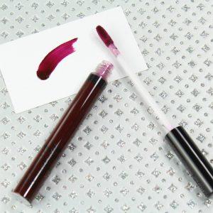 M.A.C VAMPLIFY / BLACK PLUM đôi môi mọng như cherry chỉ là chuyện nhỏ