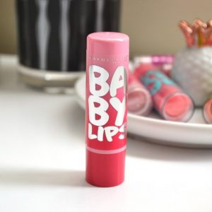 [Review] Son dưỡng Baby Lips ® Glwo Balm Maybelline – lựa chọn cho đôi môi phớt hồng tự nhiên.
