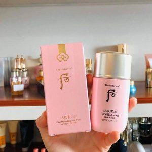 Sữa chống nắng Whoo hồng Vital Hydrating Sun Fluid bảo vệ da khô tối đa mùa hè này