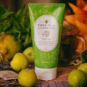 Sữa rửa mặt táo xanh Frui Tea Cleansing Foam (Apple) Loại bỏ tế bào chết, giúp da mềm mịn hơn.