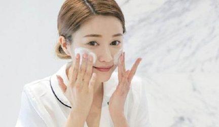 Tầm quan trọng của bước rửa mặt trong chăm sóc da !