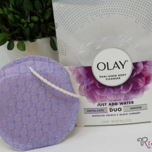 Bông tắm OLAY DUO: DUAL-SIDED BODY CLEANSER