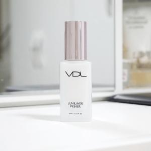 """VDL Lumilayer Primer – kem lót hoàn hảo cho cô nàng """"sốt vó"""" vì làn da khô."""