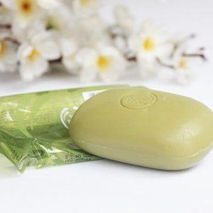 The Body Shop Olive Soap – xà phòng dưỡng ẩm đáng trải nghiệm cho làn da khô kém mịn màng